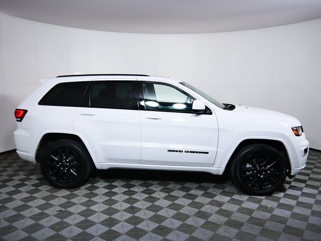 Used 2020 Jeep Grand Cherokee Altitude with VIN 1C4RJFAG2LC110988 for sale in Golden Valley, Minnesota
